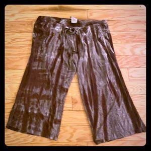 Lucky brand brown tie dye Capri pants